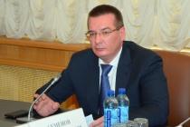 Павел Семенов провел совещание по оформлению прав на недвижимое имущество подведомственных организаций