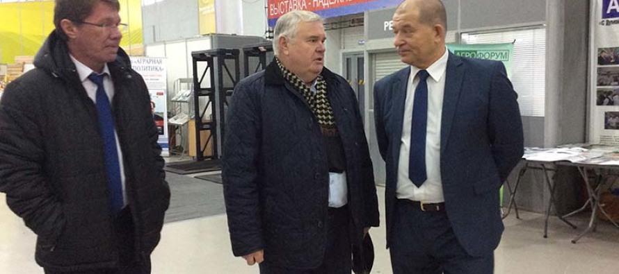 Выставка «Золотая осень» говорит о динамичном развитии сферы АПК региона, считает губернатор